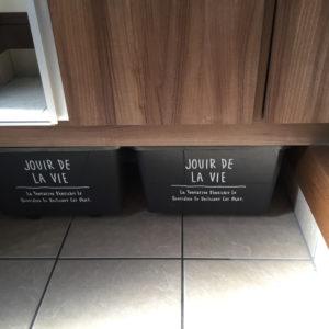 下駄箱下の収納アイデア・100均のキャスター台ですっきり玄関
